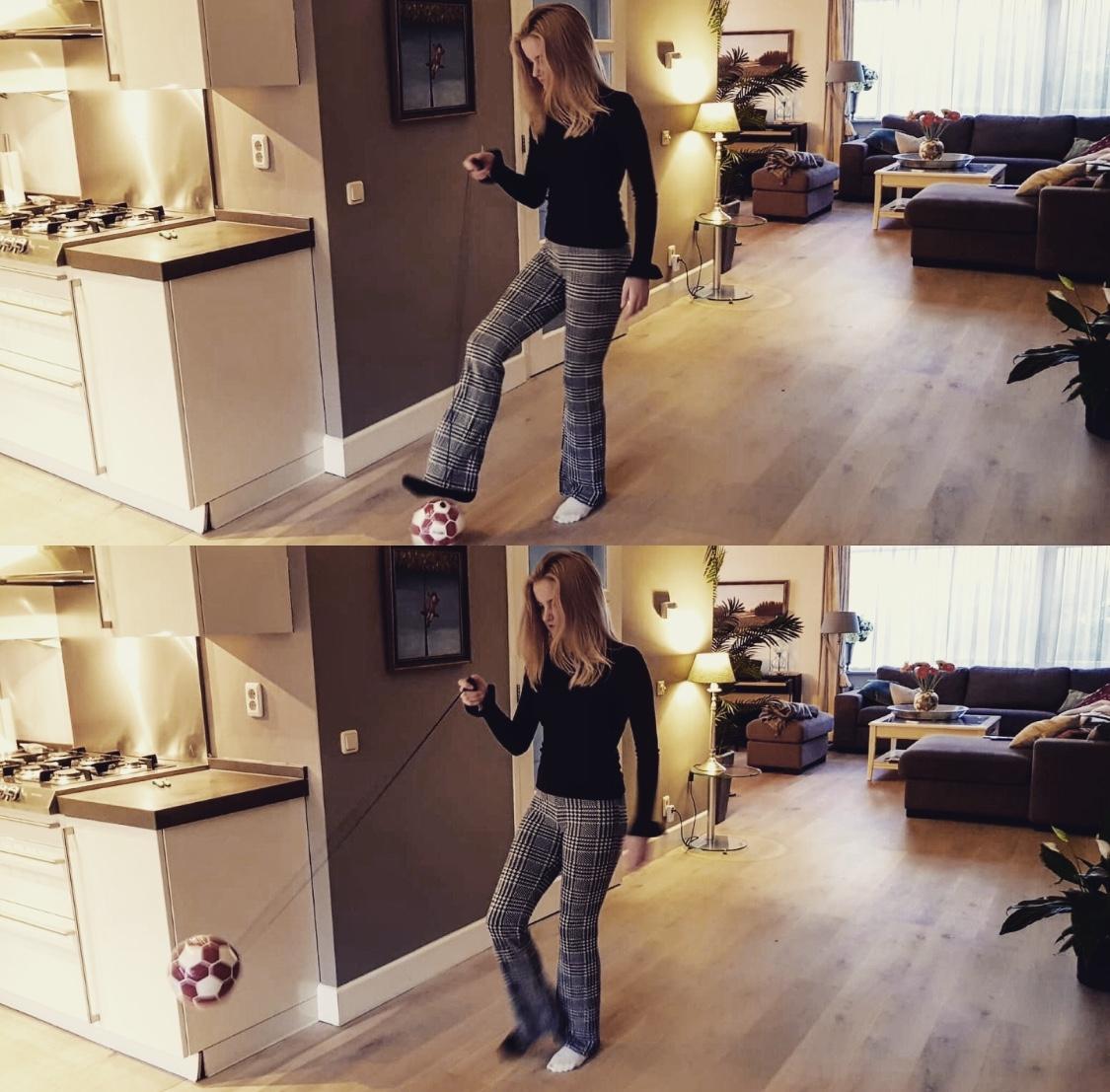 db: SKILLS kick and play